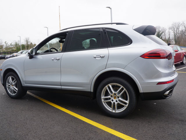 Certified Pre-Owned 2017 Porsche Cayenne Platinum Edition Base